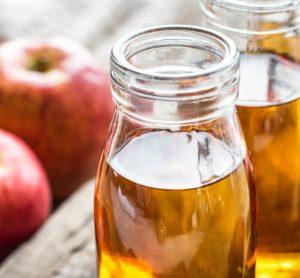 Spoznajte účinky jablčného octu