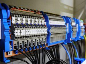 elektroinštalačný materiál